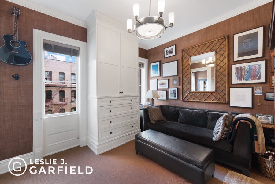129 East 95th Street - 43a88703-21d9-4d31-8b43-5bc860f07760 - New York City Townhouse Real Estate