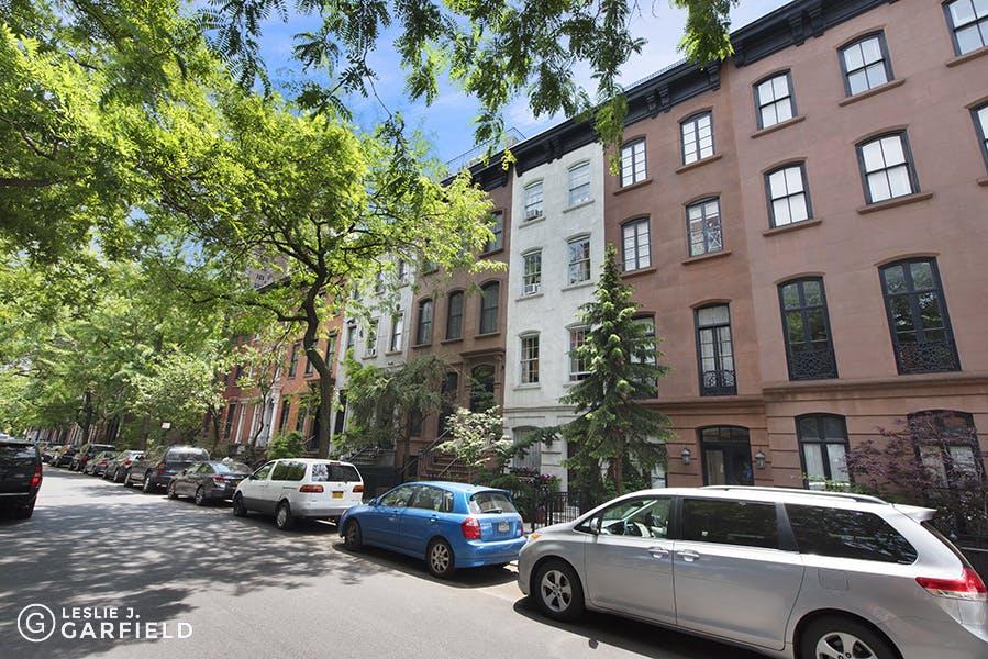340 East 19th Street - 12608cf7-f733-4d13-906f-f55bbd4603fc - New York City Townhouse Real Estate