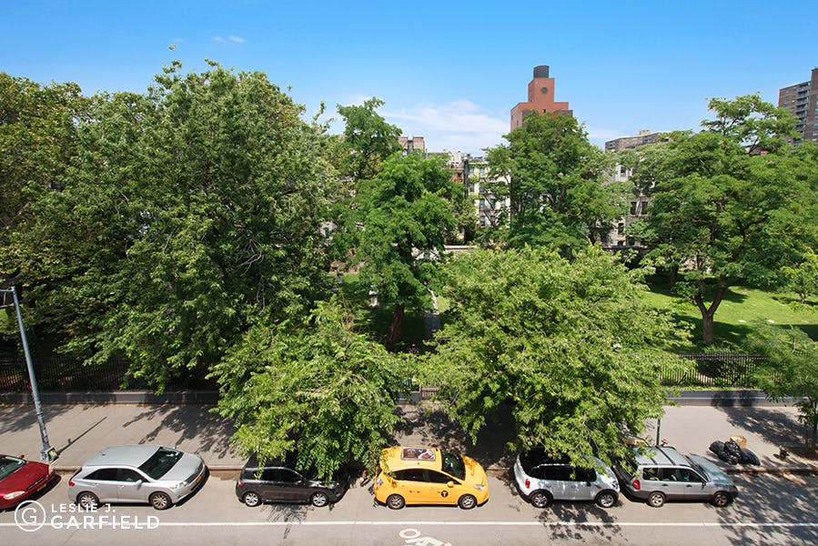 65 East 2nd Street - e17d26c6-eef9-4809-a324-35534de8dd57 - New York City Townhouse Real Estate