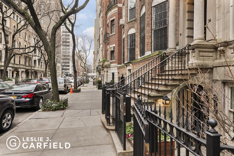 30 East 74th Street - 43a88703-21d9-4d31-8b43-5bc860f07760 - New York City Townhouse Real Estate