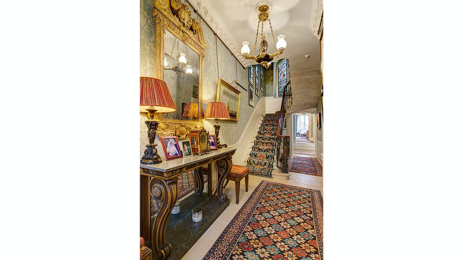 Wilton Crescent -  - New York City Townhouse Real Estate