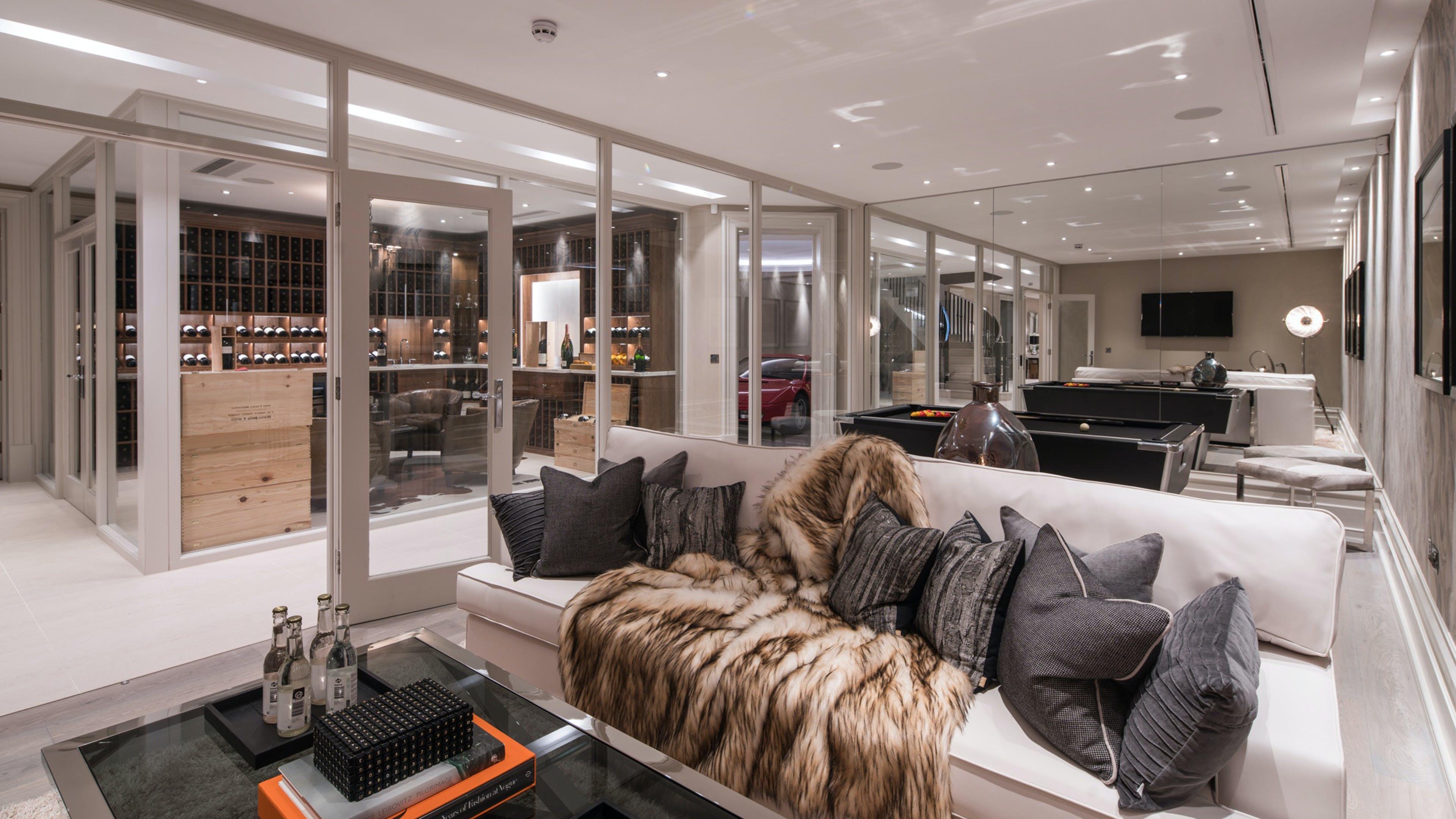 Whitelands, Surrey -  - New York City Townhouse Real Estate