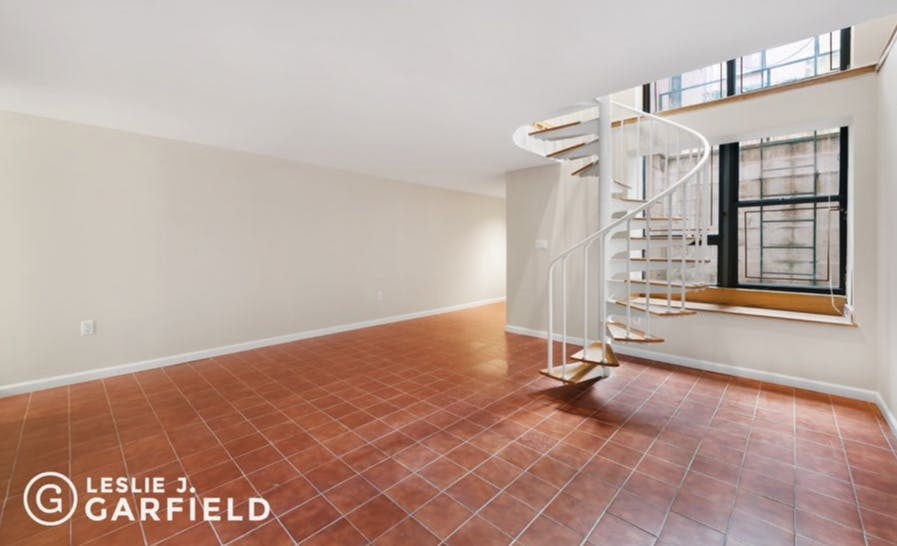 23 West 69th Street - bf2cf381-b64b-4c39-840b-dee8116d861a - New York City Townhouse Real Estate